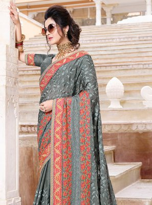 Faux Chiffon Patch Border Classic Saree in Grey