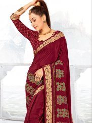 Faux Crepe Printed Saree in Maroon