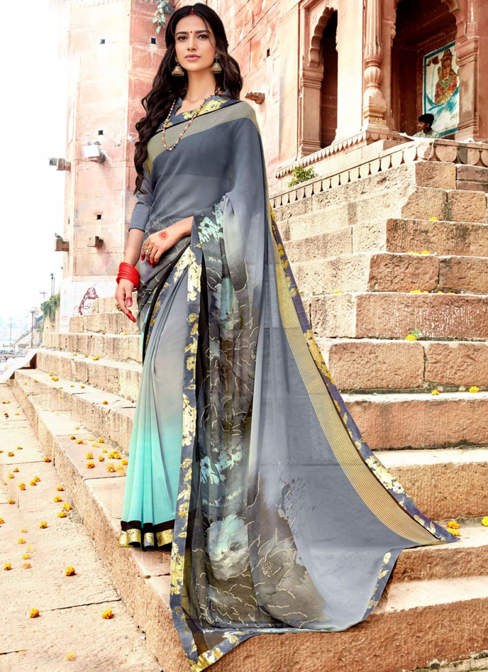 Faux Georgette Printed Casual Saree in Grey