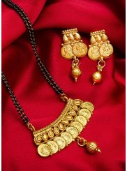 Gold Stone Work {occasion} Mangalsutra
