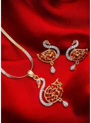 Gold Stone Work Wedding Pendant Set