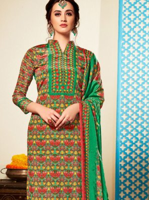 Green Abstract Print Faux Crepe Pant Style Suit