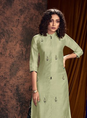 Green Embroidered Readymade Salwar Kameez