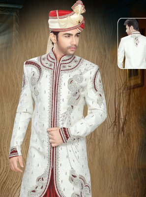 Jacquard Moti Indo Western in Off White