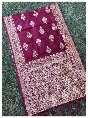 Jacquard Silk Weaving Designer Dupatta in Pink