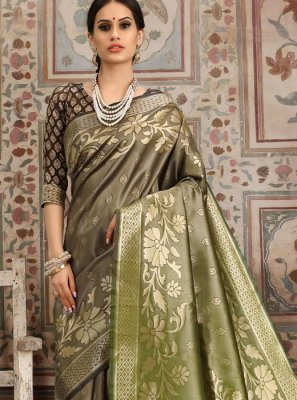 Kanchipuram Silk Green and Grey Classic Saree