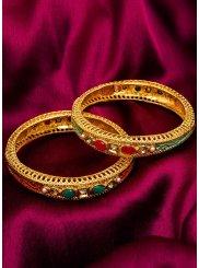 Kundan Bangles in Gold