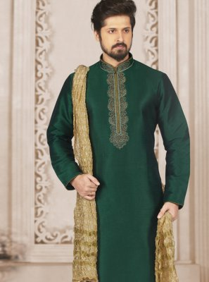 Kurta Pyjama Embroidered Art Banarasi Silk in Green