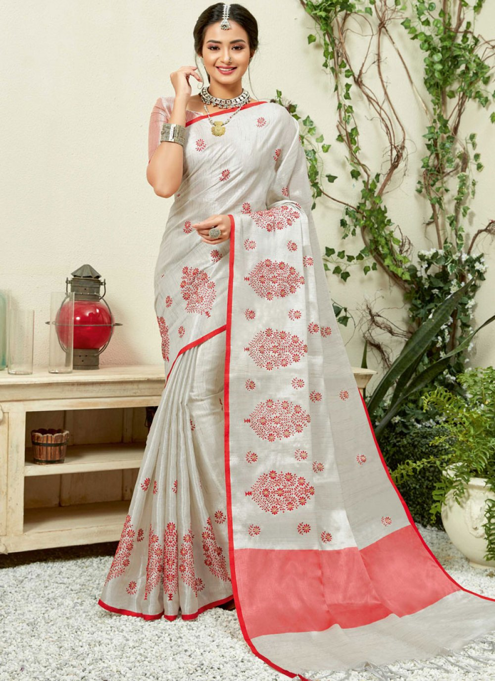 Linen Embroidered Grey and Red Casual Saree