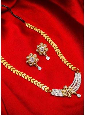 Mangalsutra Kundan in Gold