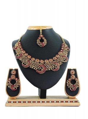 Maroon Color Necklace Set
