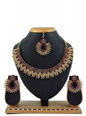 Maroon Reception Necklace Set