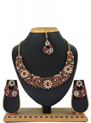 Maroon Stone Work Necklace Set