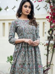 Muslin Abstract Print Party Wear Kurti in Grey