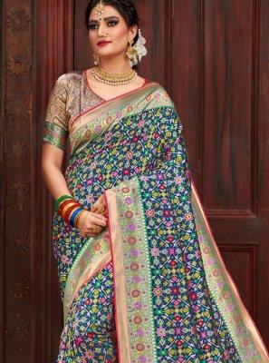Patola Silk  Weaving Green Traditional Designer Saree