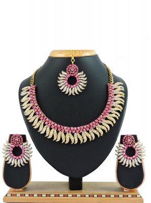Pink Color Necklace Set