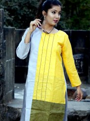 Polly Cotton Casual Kurti in Multi Colour