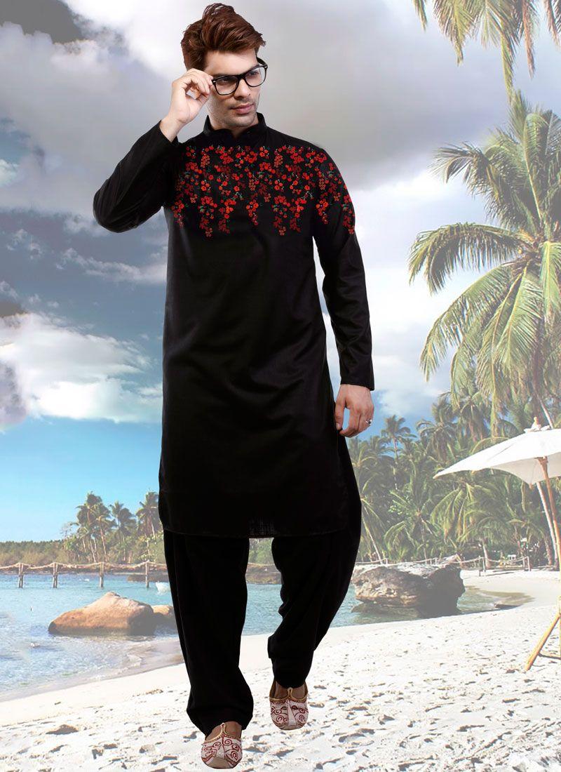 Poly Cotton Digital Print Kurta Pyjama in Black