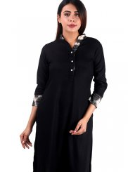 Rayon Plain Casual Kurti in Black