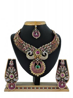 Stone Work Pink Necklace Set