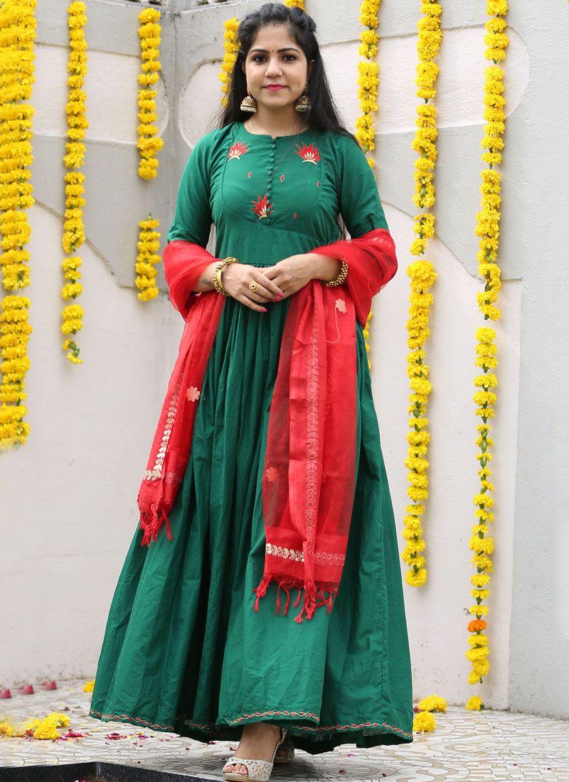 Tissue Trendy Gown in Green