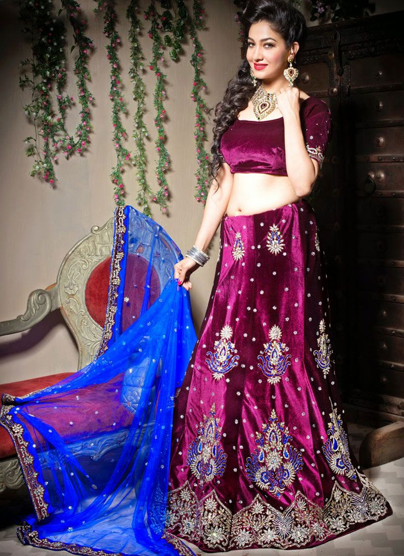 Trendy Lehenga Choli For Mehndi