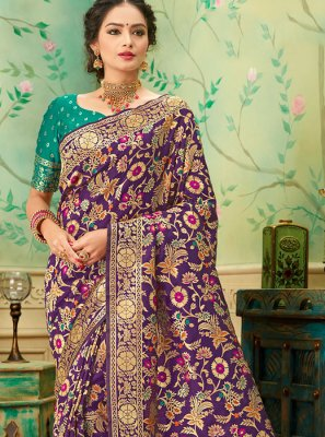 Weaving Banarasi Silk Silk Saree