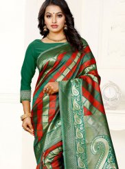 Weaving Banarasi Silk Silk Saree in Green and Red