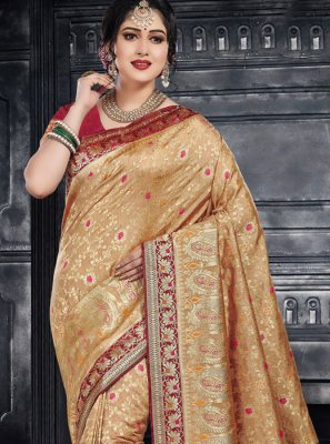 Weaving Beige Classic Saree