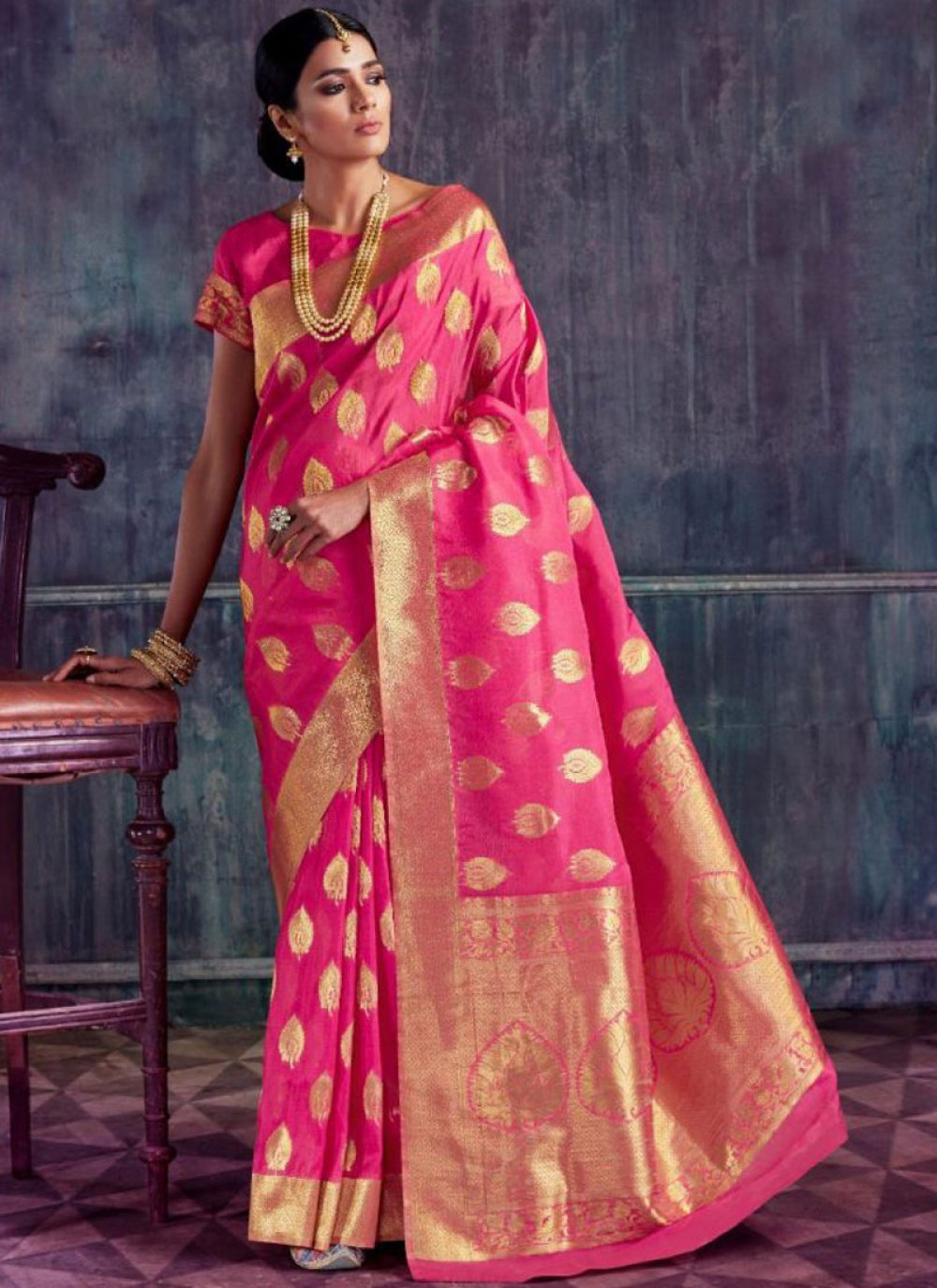 Weaving Hot Pink Designer Traditional Saree