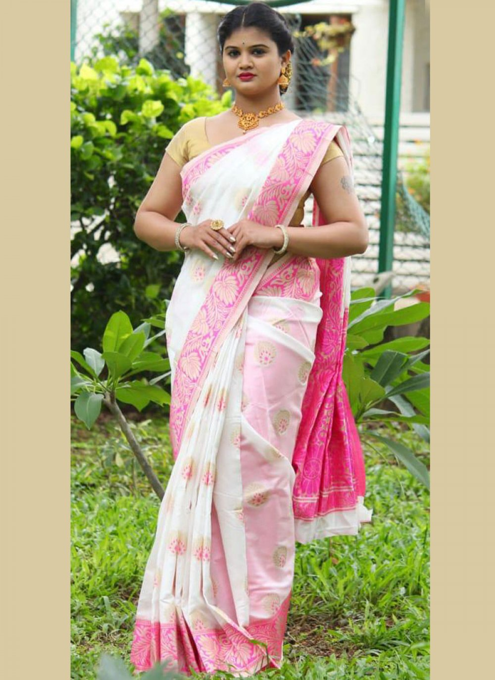 Weaving White Art Silk Traditional Saree