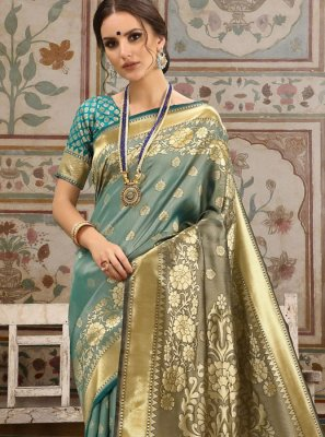 Woven Kanchipuram Silk Blue and Brown Traditional Saree