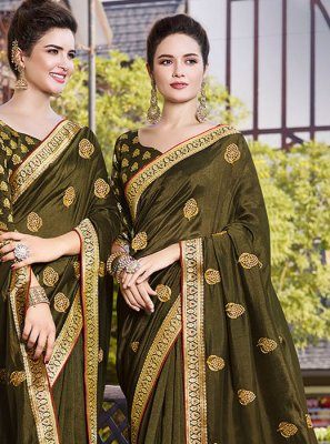 Art Silk Resham Classic Saree in Green