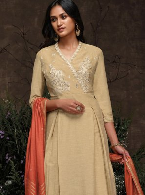 Beige Embroidered Party Trendy Pakistani Salwar Kameez
