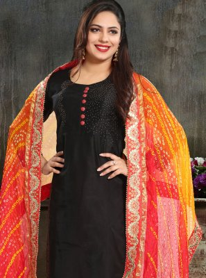Black Embroidered Trendy Suit