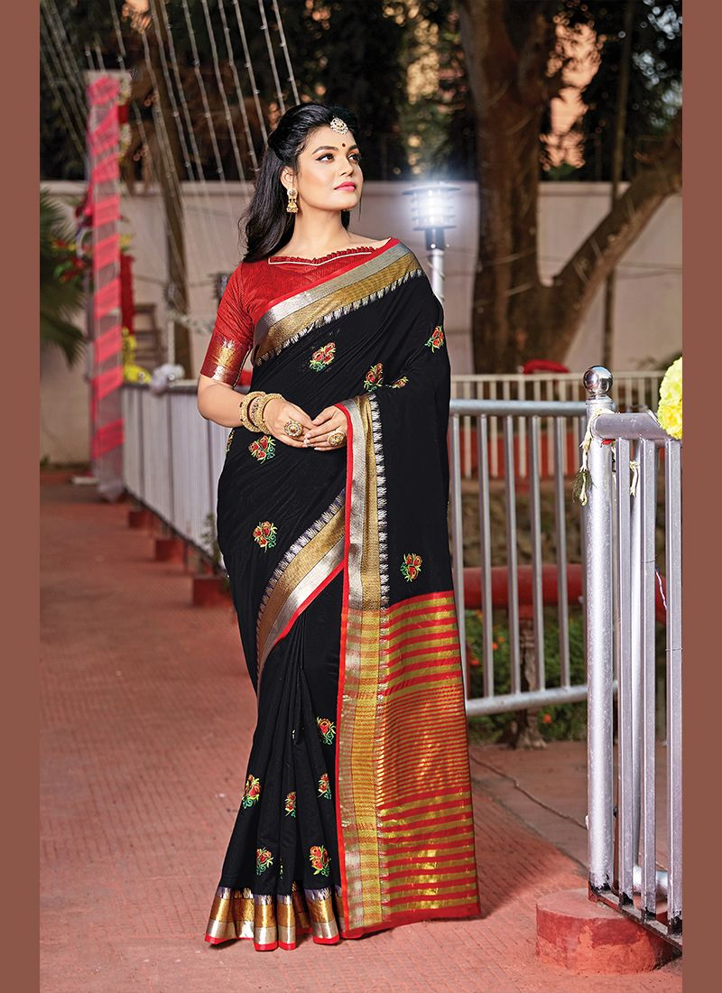 Black Handloom Cotton Weaving Saree
