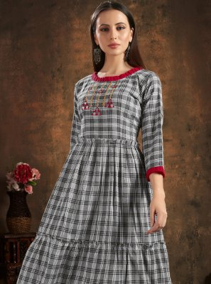 Black Handwork Cotton Casual Kurti