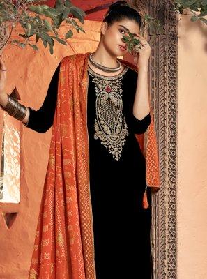 Black Velvet Trendy Salwar Kameez