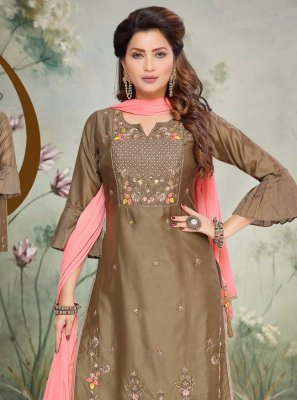 Bollywood Salwar Kameez For Reception