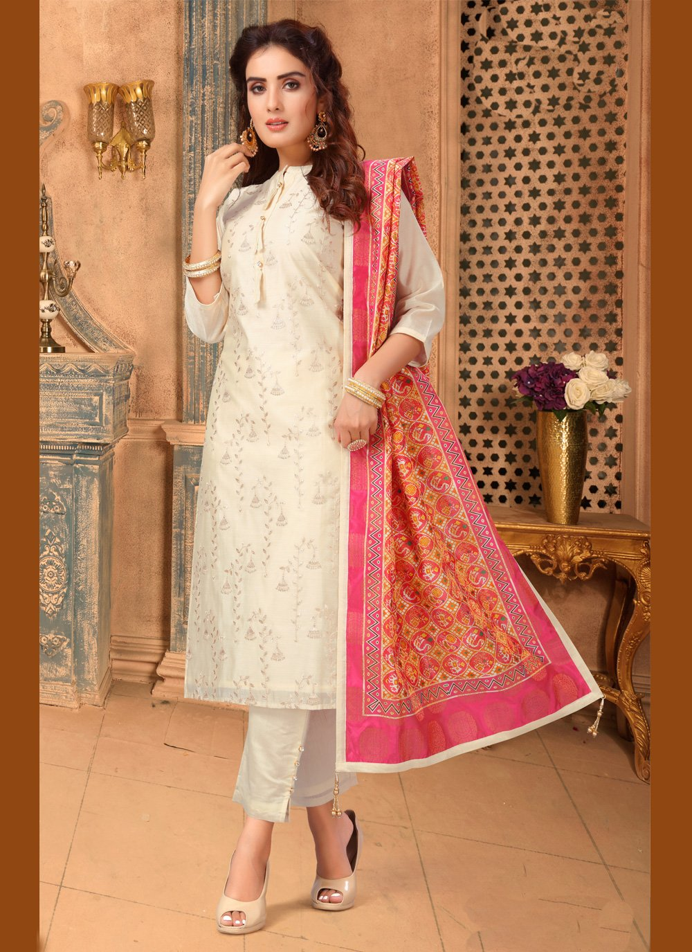 Chanderi Cream Embroidered Pant Style Suit