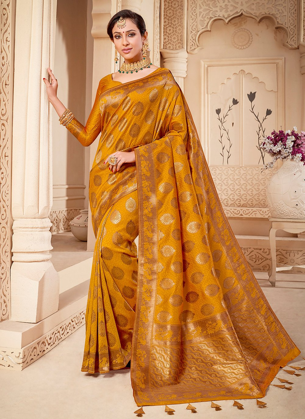 Classic Saree Weaving Banarasi Silk in Mustard