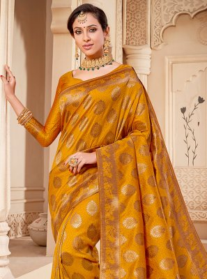Classic Saree Weaving Banarasi Silk in Mustard