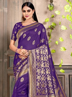 Classic Saree Weaving Silk in Navy Blue
