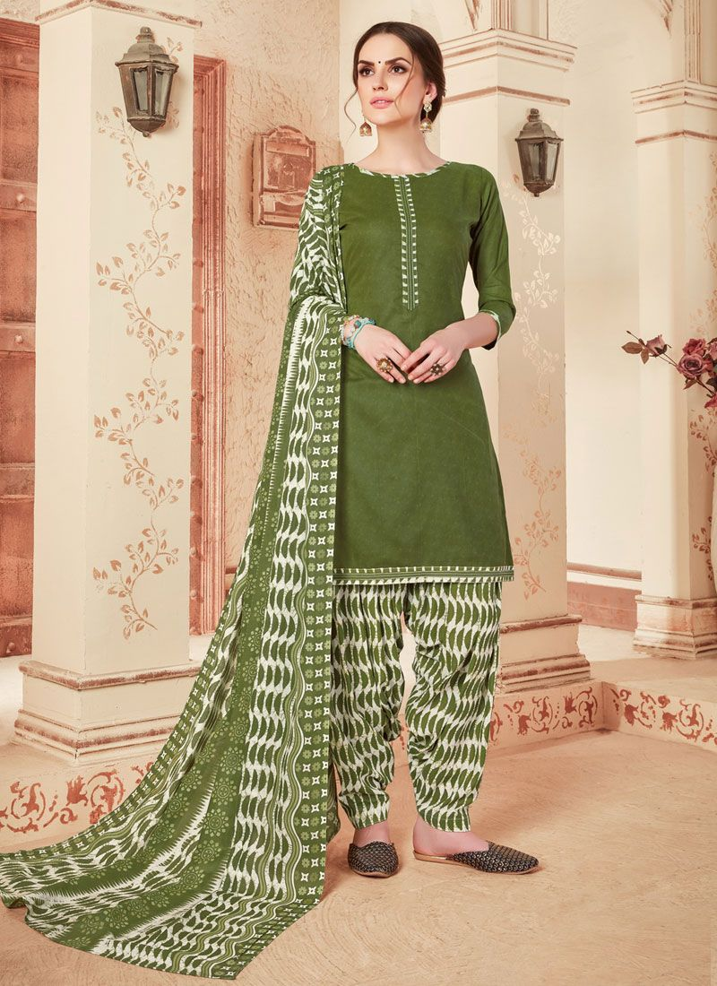 Cotton Punjabi Suit in Green