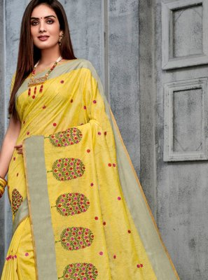 Cotton Yellow Woven Classic Saree