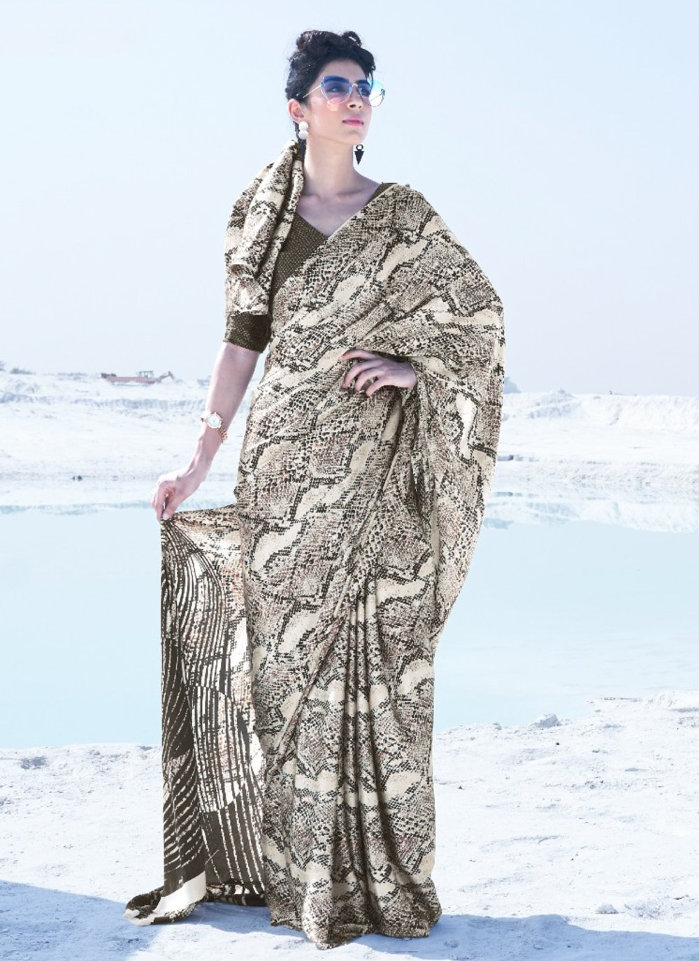 Crepe Silk Printed Classic Saree in Multi Colour