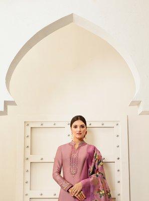 Designer Saree Embroidered Georgette in Pink