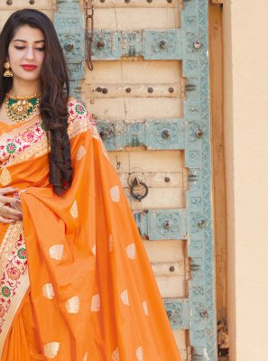 Designer Traditional Saree Weaving Silk in Orange