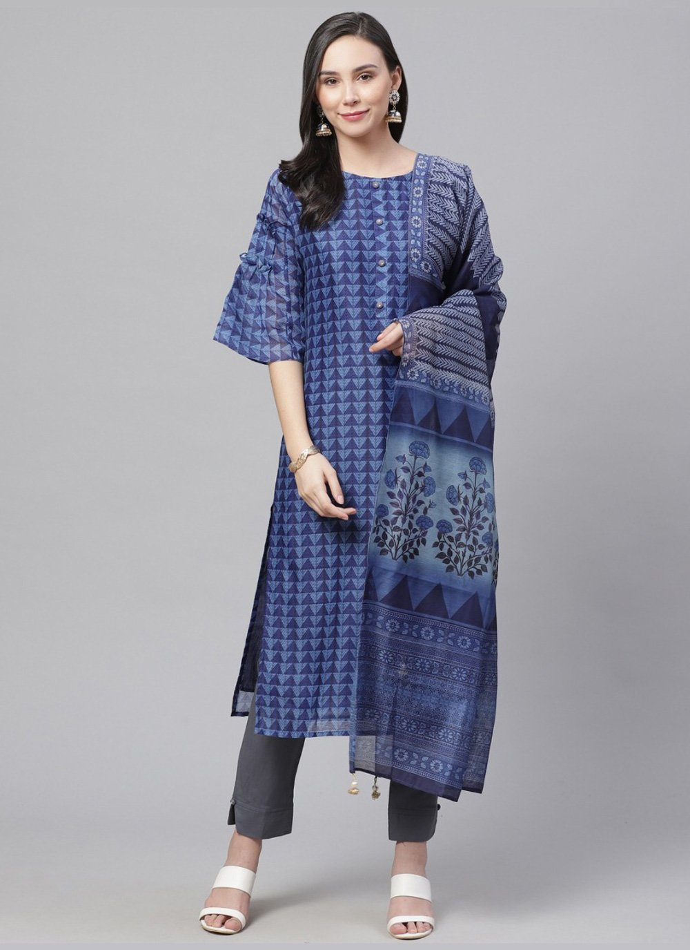 Digital Print Chanderi Bollywood Salwar Kameez in Blue