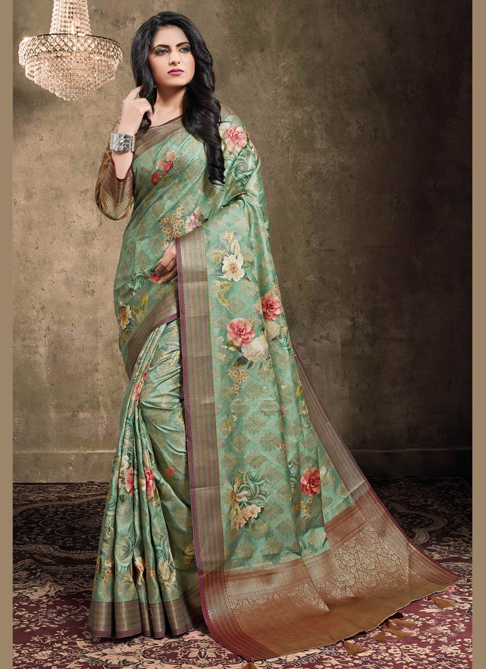Digital Print Engagement Trendy Saree